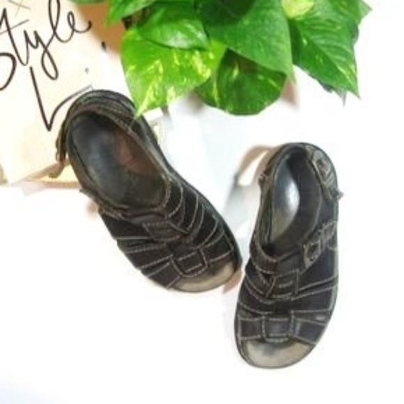 dba620eac4bb6 Dr. Martens Shoes | Dr Martens 8092 Fisherman Sandal | Poshmark